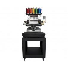 Промышленная компактная одноголовочная вышивальная машина BRAVO с набором пялец, операционной системой BRAVO OS, программой создания дизайнов вышивки DesignShop Lite.