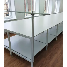 Раскройный стол 2000 х 2000 (с нижней полкой)